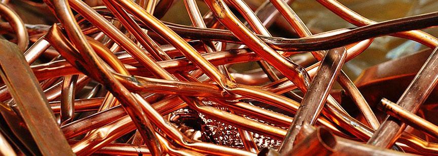 مس از جمله فلز گرانبهاست که باید از بین ضایعات فلزی خوب جدا شود تا پول خوبی از بازیافت آن بدست آورد.